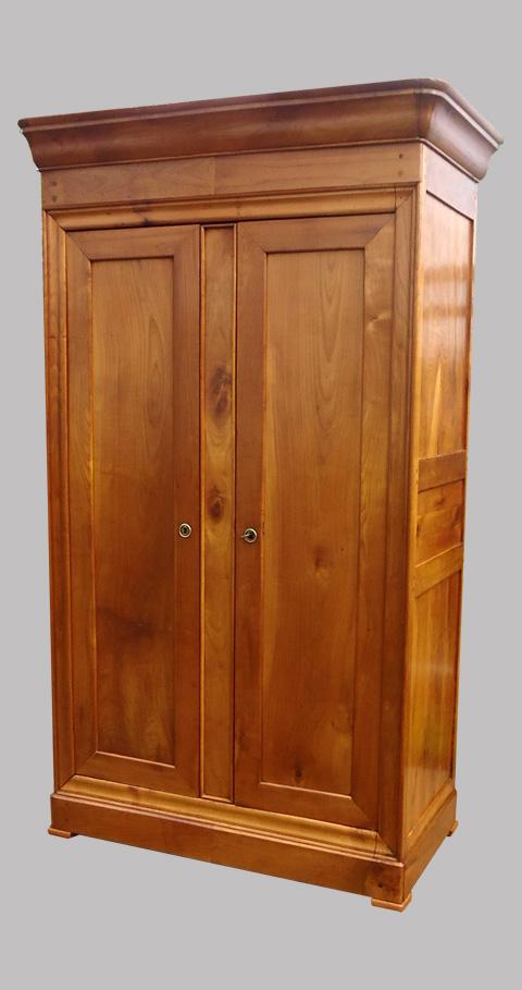 armoire ancienne en merisier