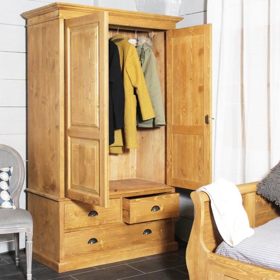 armoire ancienne en pin massif