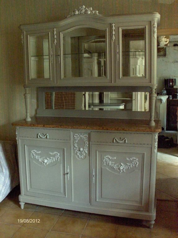 armoire ancienne pied boule le specialiste du meuble ancien. Black Bedroom Furniture Sets. Home Design Ideas