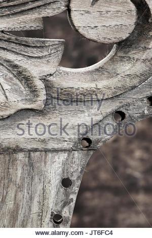 chaise ancienne bois sculpte