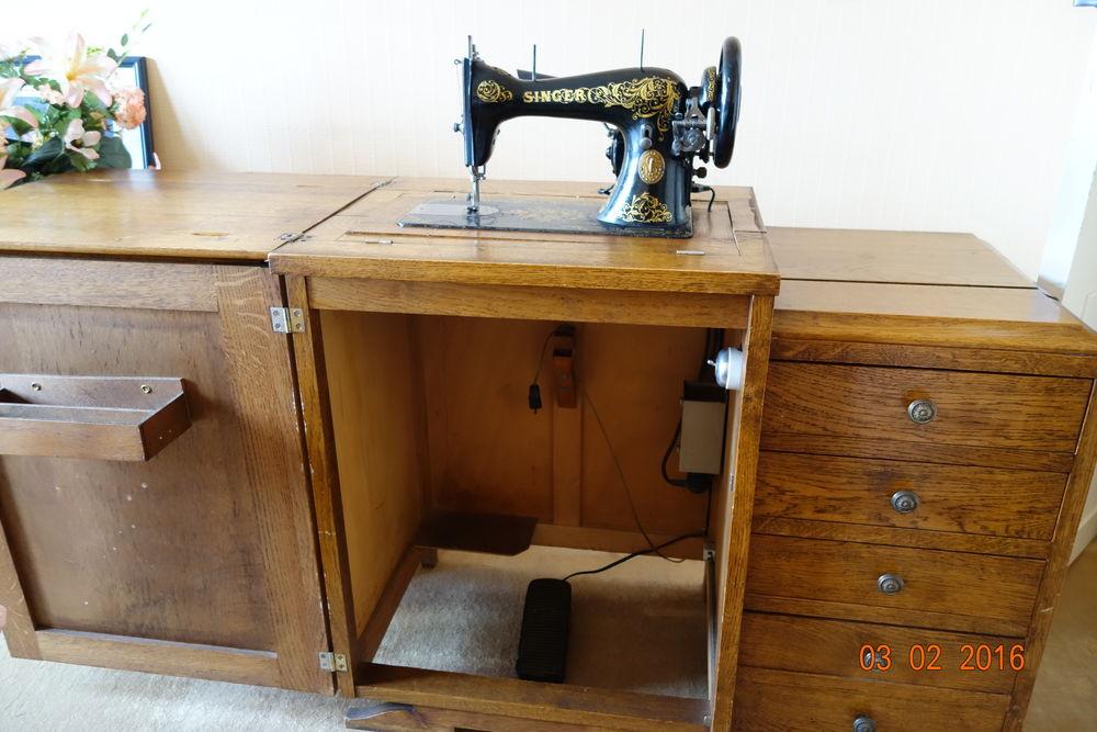 Meuble Ancien Machine A Coudre Le Specialiste Du Meuble Ancien