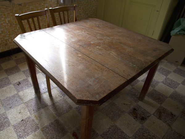 table ancienne carree d'occasion